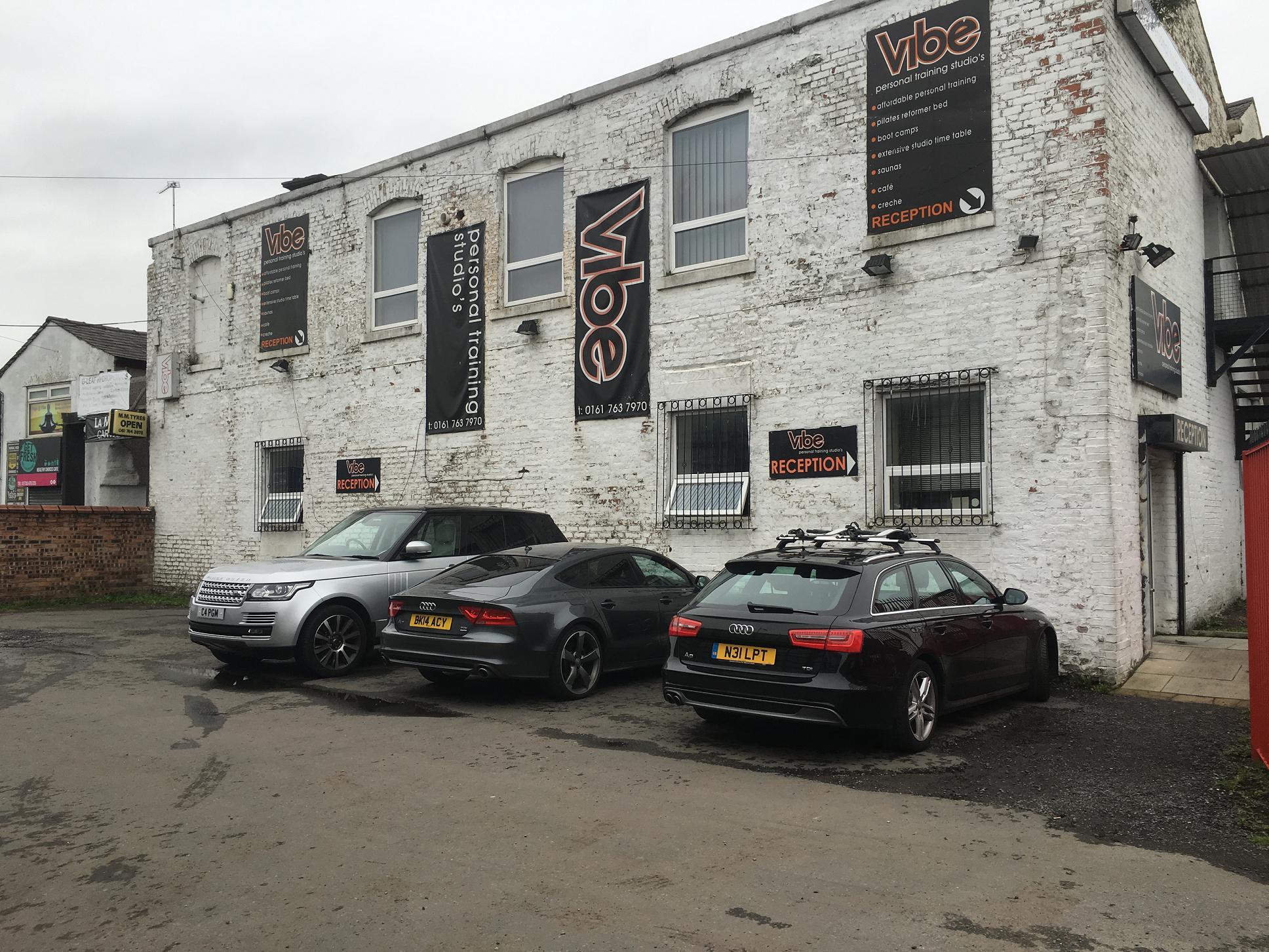 Vibe PT Studio, Bury